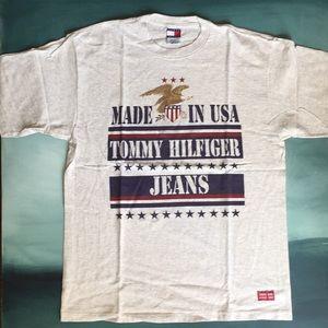 Vintage 90s Tommy Hilfiger Logo T-Shirt